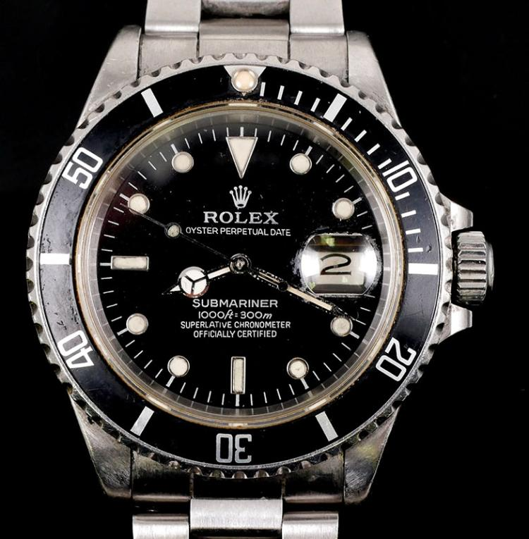 Lot 99: Rolex Submariner Stainless Men's Watch 16800